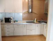 Снимка на имота Тристаен апартамент, Пловдив, Въстанически   Под наем имоти Пловдив